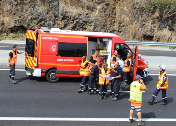 19-01-2019 - Bonneval - Accident entre un autocar de chez Rémi et une voiture: deux blessés.