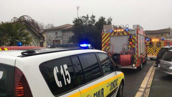 25-01-2019 - Charente-Maritime - Jussas - Jonzac - Chardes - Vallet - Coux - Sousmoulins - 6 blessés dans un accident de car au bourg de Jussas.