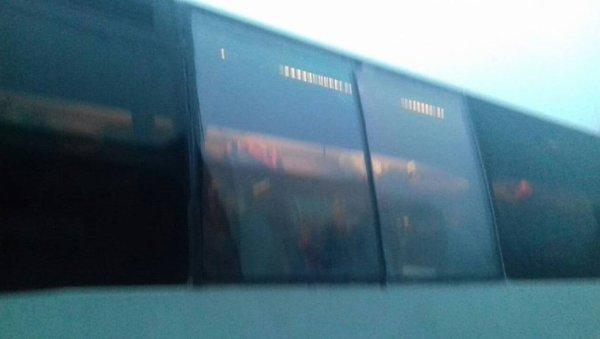 31-03-2019 - Côtes-d'Armor - Guingamp - 52 collégiens partaient en Italie, l'état du bus jugé inadapté pour le voyage scolaire à Rome.