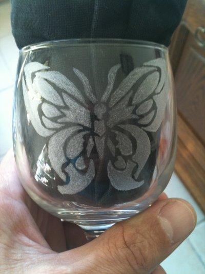 mon premier tribale papillon sur verre