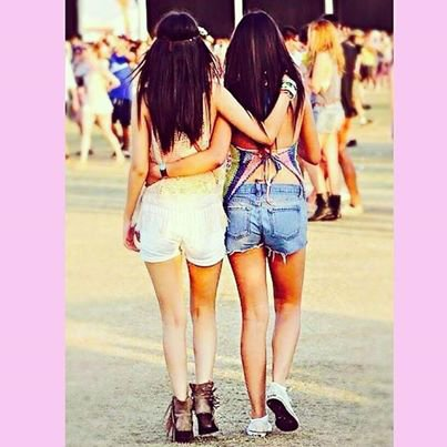 Victoria Justice & Madison Reed au Coachella Festival