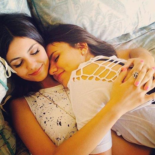 Victoria & Sa Soeur ♡