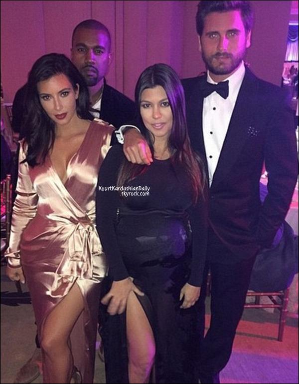 . 25/10/2014 : Kourtney & Scott ainsi que Kim & Kanye sont allés à un mariage à Los Angeles. .