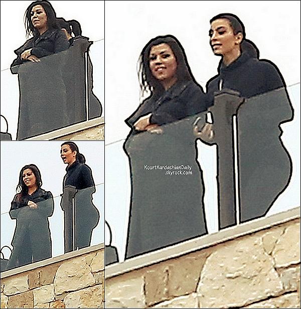 . 11/11/2014 : Dans l'après-midi, Kourtney, Kim, Khloé & les employées de leur boutique Dash sont allées au Rocky Oaks Estate Vineyards à Malibu. .