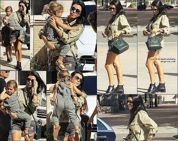 . 11/1o/2o15 : Puis, Kourtney a emmené Mason & Penelope au « Zoo » avec Kim, Kanye & North - à Los Angeles. ● Kourtney porte des Lunettes Yves Saint-Laurent à 300¤ & des Bottines Chloe à 1225¤.  .
