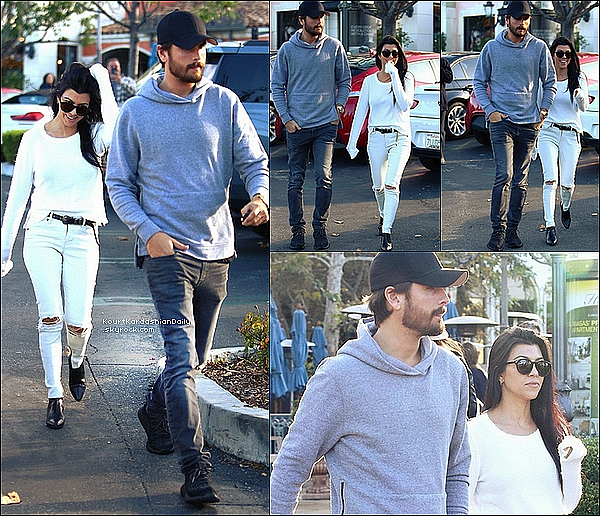 . 25/11/2o15 : Kourt & Scott sont allés déjeuner à « Marmalade Cafe Restaurant » - à Calabasas. ● Kourtney porte des Lunettes Yves Saint-Laurent à 300¤, un T-Shirt Feel The Piece à 220¤, un Jeans RtA à 915¤, une CeintureYves Saint-Laurent à 385¤ & des Bottines Yves Saint-Laurent à 815¤.  .