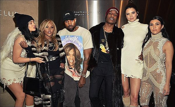 . 1o/o2/2o16 : Kourt & toute sa famille est allée au «  Kanye West Yeezy Season 3 » - à New-York. ● Kourtney porte une Robe Balmain.  .