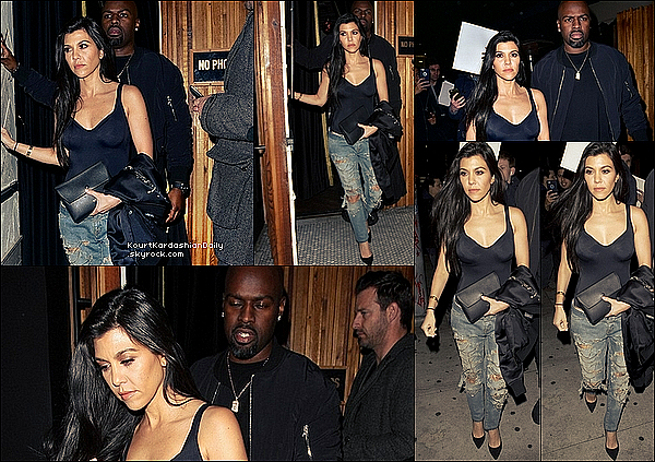 . o3/o3/2o16 : Kourtney & Corey Gamle sont allés à « The Nice Guy Restaurant » - à Los Angeles. ● Kourtney porte un Top Wolford à 220¤, un Sac Celine, un Jeans Yves Saint-Laurent à 1305¤ & des Escarpins Gianvito Rossi à 510¤.  .