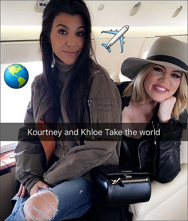 . 21/o3/2o16 & 22/o3/2o16 : Kourtney, Khloé & Kris ont pris un « Avion Privé » pour se rendre à Napa - à Los Angeles. .