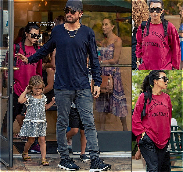 . 23/o8/2o16 : Le soir, Kourtney & Scott ont emmenés Mason & Penelope dîner à « Sugarfish Restaurant » - à Calabasas. ● Kourtney porte des Lunettes Yves Saint-Laurent à 250¤, un Pantalon Under Armour à 80¤ & des Baskets APL à 150¤.  .