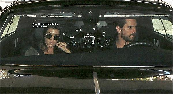 .  1o/11/2o16 : Kourt & Scott sont allés voir le bébé de Rob & Blac Chyna au « Cedars-Sinai Hospital » - à Los Angeles. .