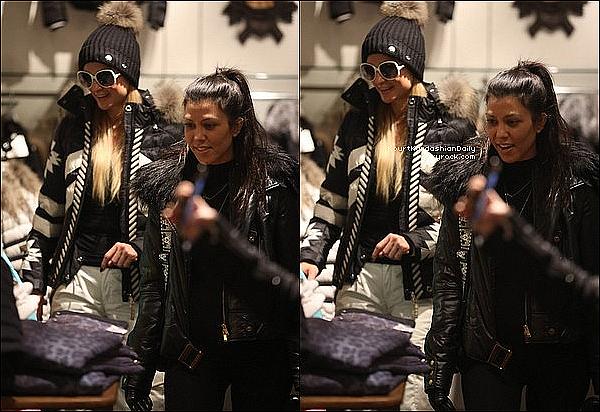 . 27/12/2o16 : Kourtney, Scott & Paris Hilton ont été vus « Dans une Boutique » - à Aspen. ● Kourtney porte un Sac Hermès à 8100¤.  .