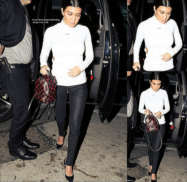 . o6/o2/2o17 : Kourtney & Kim sont allées dîner au « Craig's Restaurant » - à West Hollywood. ● Kourtney porte un Pull Off White à 910¤, un Sac Louis Vuitton à 1770¤ & des Escarpins Gianvito Rossi à 790¤.  .