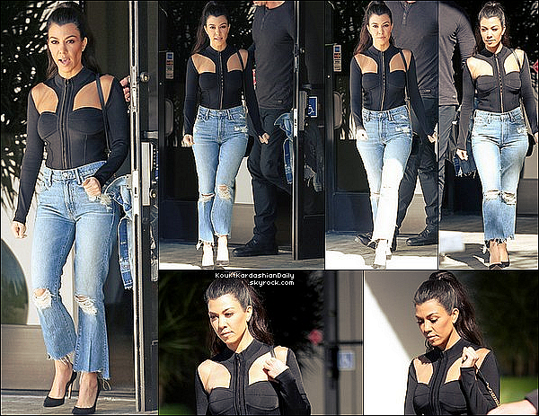 . 23/o2/2o17 : Kourtney a été vue quittant des « Studios d'Enregistrement » - à Los Angeles. ● Kourtney porte un Sac Gucci , un Jeans Mother à 225¤ & des Escarpins Gianvito Rossi à 635¤.  .