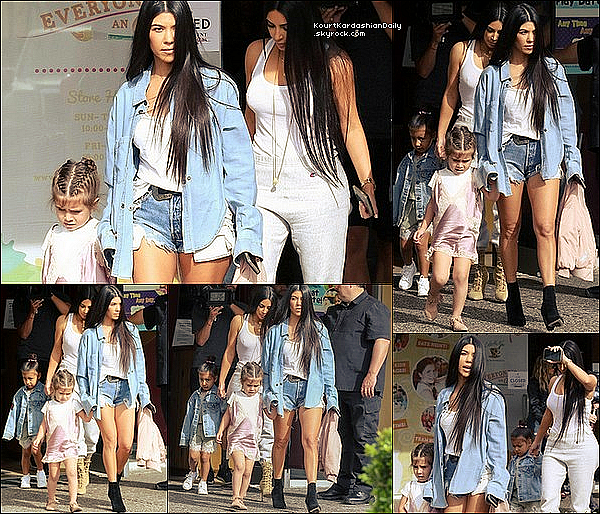 . 1o/o3/2o17 : Kourtney & Kim ont emmenées leurs filles Penelope & North à un « Cours d'Art » - à Calabasas. ● Kourtney porte des Bottes Yves Saint-Laurent.  .