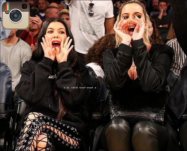 . 19/o3/2o17 : Le soir, Kourtney, Khloé & Kris sont allées voir un « Match de Basket » - à Los Angeles. ● Kourtney porte un Pull Yeezus & un Sac Louis Vuitton à 1960¤.  .