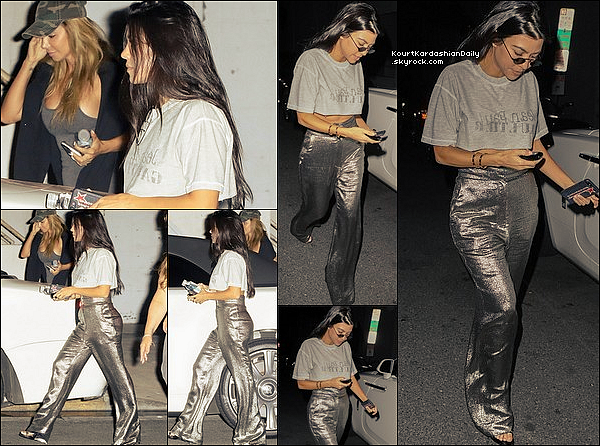 . o6/o9/2o17 : Kourtney & Larsa Pippen sont allées à la « Hollywood's Hillsong Church » - à Los Angeles. ● Kourtney porte des Lunettes Roberi&Fraud, un T-Shirt Jean-Paul Gaultier & un Pantalon Misha Collection à 420¤.  .