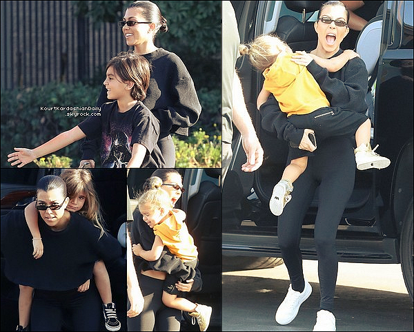 . 21/1o/2o17 : Kourtney, Mason, Penelope & Reign ont été vus sur « Un Parking » - à Los Angeles.  ● Kourtney porte des Lunettes Roberi & Fraud à 165¤ & un Legging Alo Yoga.  .