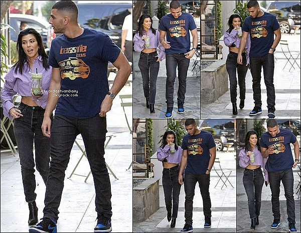. o6/o2/2o18 :Kourtney & Younes sont allés « Déjeuner au Restaurant » - à Los Angeles.  ● Kourt porte un Top Y/project, un Pantalon Re/Done à 190¤ & des Bottes Balenciaga.   .