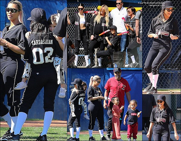o8/o3/2o18 : Kourtney & sa famille ont « Joué au Softball » avec Alex Rodriguez  - à Calabasas.