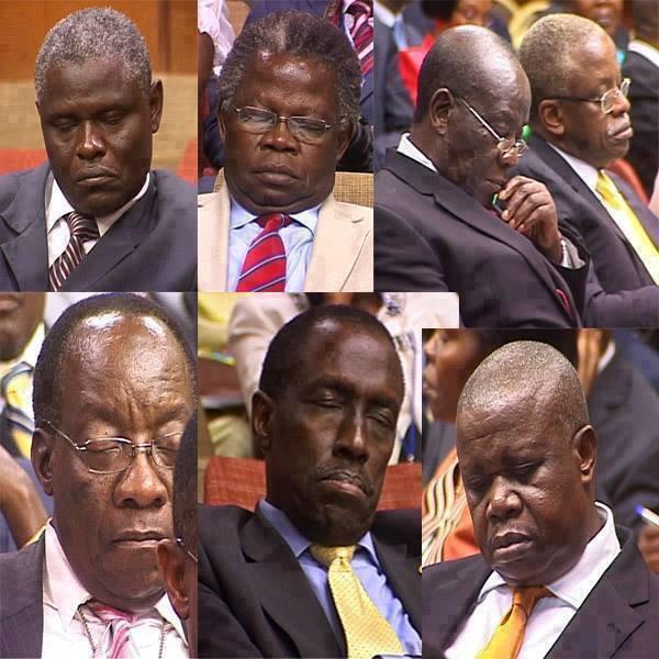 """1------Jeune Afrique"""" a pu se procurer l'enregistrement d'un huis-clos tenu le 27 mars à l'Assemblée nationale de la RDC. Au menu : trois députés accusés par le procureur d'avoir affirmé que le président Joseph Kabila entretiendrait une """"cellule de fumeurs de chanvre"""". Mais le bureau de la chambre basse a refusé la levée de leurs immunités. Exclusif.    http://i1.sndcdn.com/avatars-000035026256-fqzl0l-t500x500.jpg?671e660"""