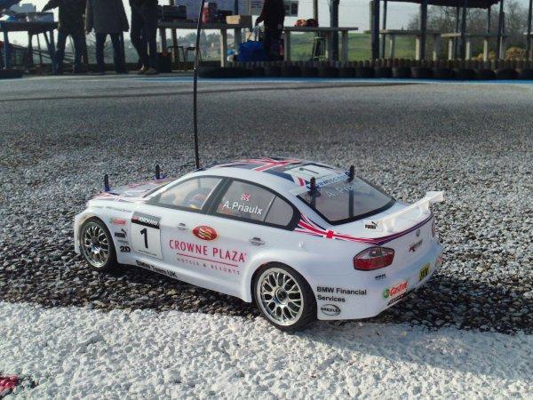 Nouvelle voiture RC électrique dans la team!