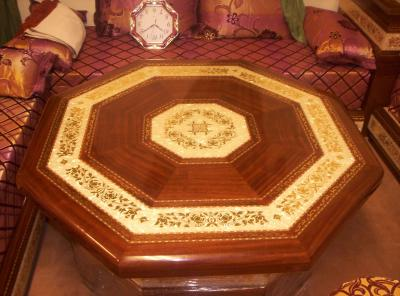 Table polystere salon marocain for Table de salon marocain