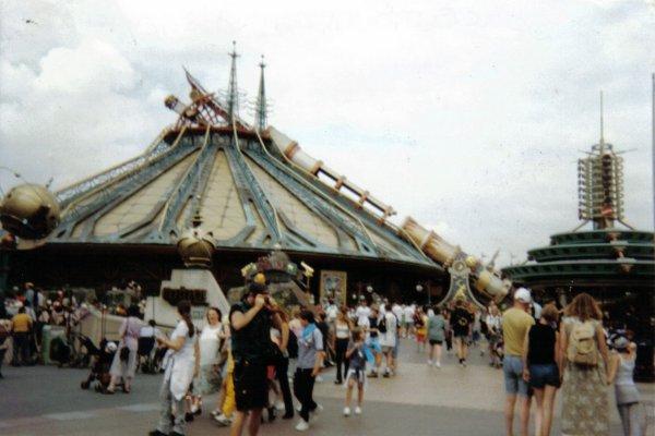 Journée Disney N°1 (Mercredi 16 Juin 1999)___________ MES PREMIER PAS A DISNEYLAND PARIS, MA TOUTE PREMIERE FOIS <3