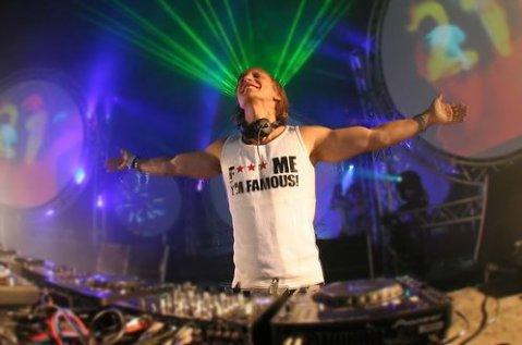Site consacré à David Guetta.