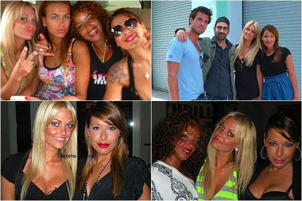 Photo perso de Daniela lors du tournage des Anges en compagnie de Caroline , Julie , Mona et John.