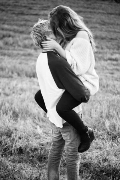 Un jour vous rencontrerez la personne qui scindera votre vie en deux. Il y aura un avant et un après elle.