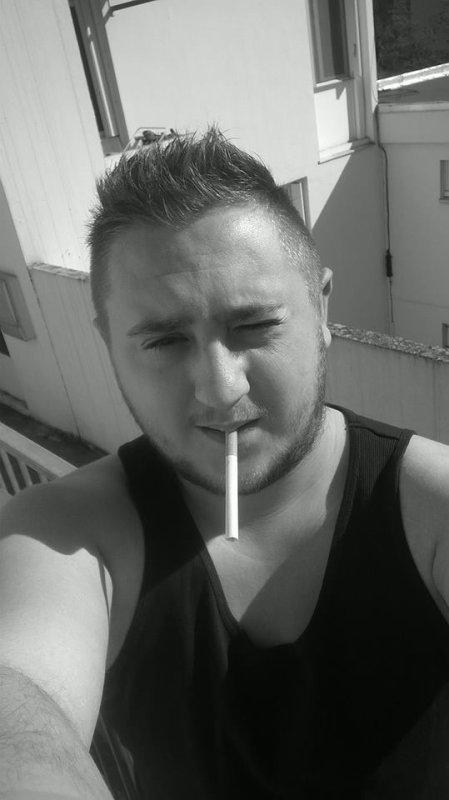 Fume la vie avant Elle =)