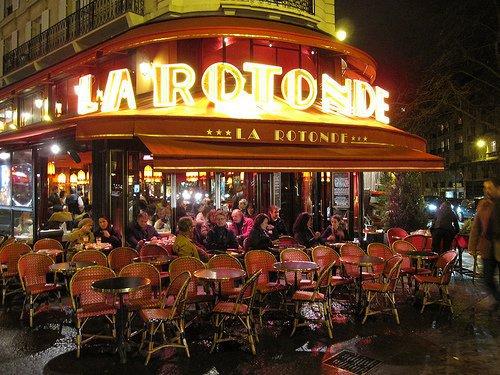 Au café La Rotonde
