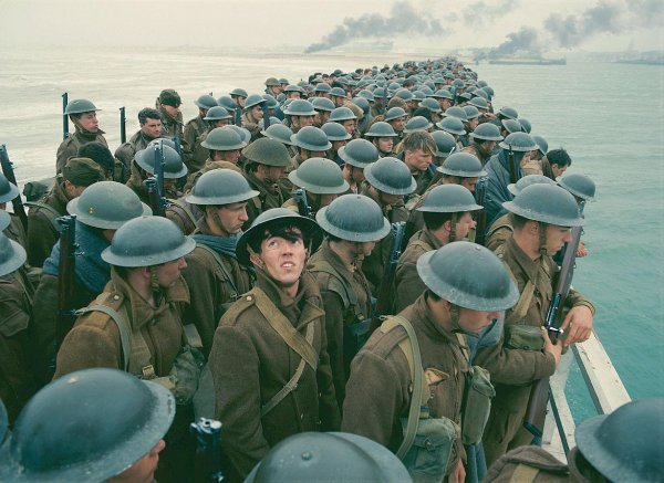Dunkerque *** de Christopher Nolan Film américain, 1 h 47