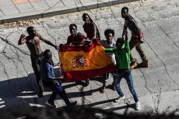 Des Marocains incarcérés pour « outrage au drapeau »