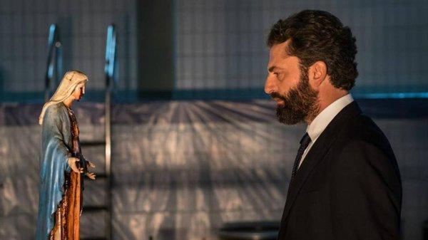 La Madone pleure des larmes de sang… série télé italienne