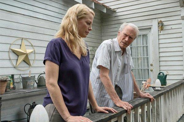 La Mule ***  de Clint Eastwood  Film américain, 1 h 56