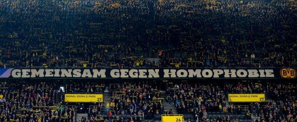 Homophobie dans le foot, les solutions de nos voisins