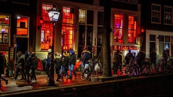 Prostitution « quartier rouge » d'Amsterdam