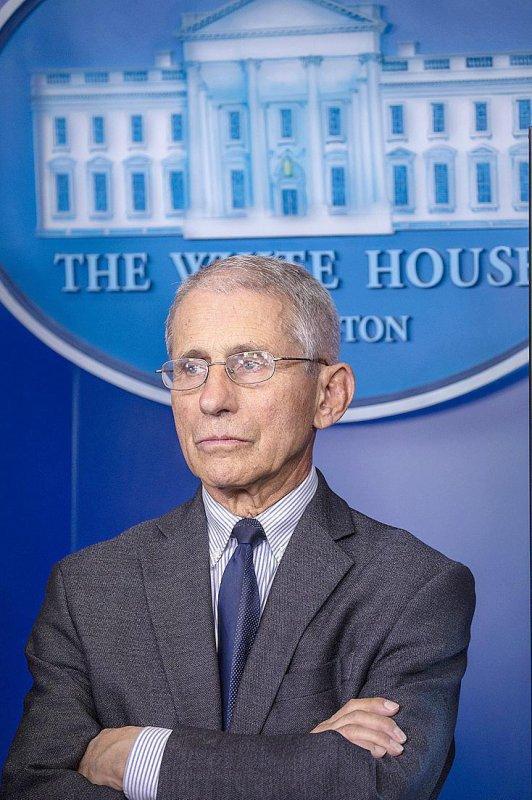 Portrait :  L'expert qui recadre Trump et gère l'épidémie