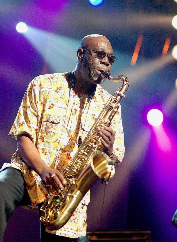 Manu Dibango saxophoniste