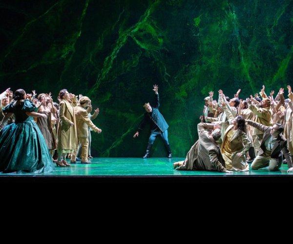 opéra Zurich rime avec art lyrique