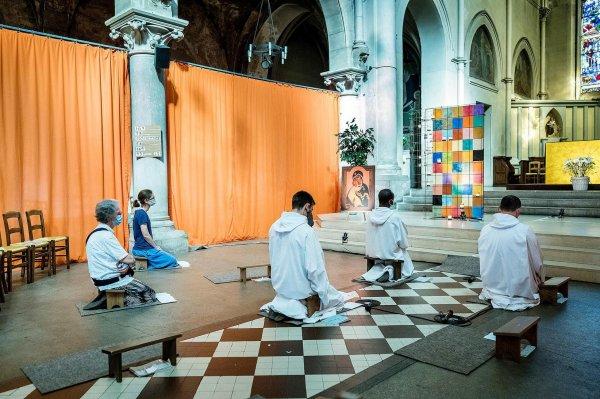 La prière des frères de Taizé s'exporte en région parisienne