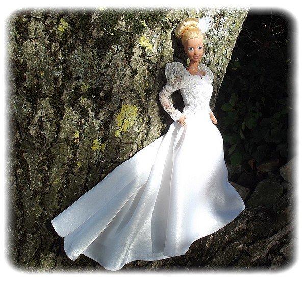 barbie en robe de marie