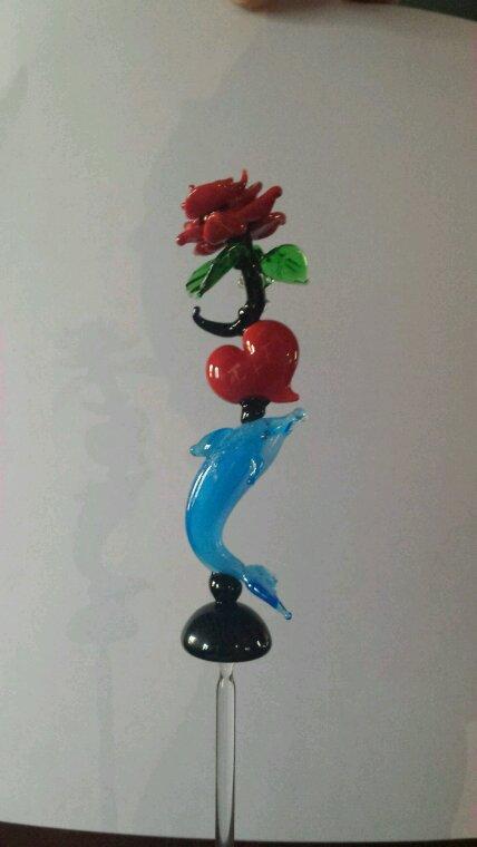 Rose avec coeur et dauphin