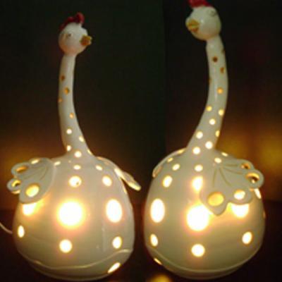 Lampe Poule lampe poulette allumée - poterie, faïence, grès, porcelaine, terre,