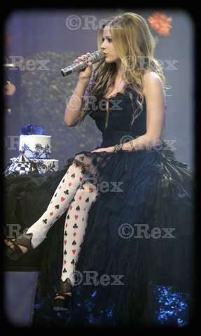 ■ Your #1 French Fan Source For  Avril Lavigne ■    Rockonavril •    [2002-2009]