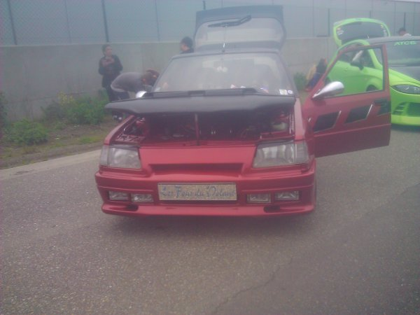 quelque voitures du meeting