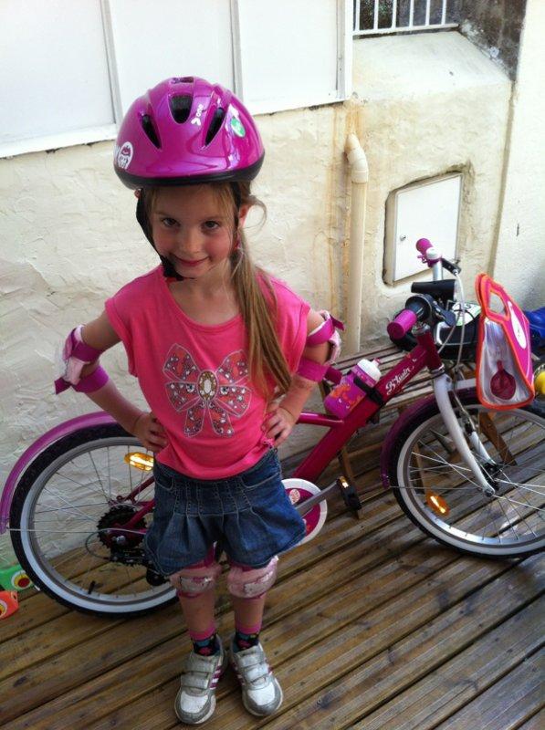 6 ans, une boum deguisee et un beau vélo !!