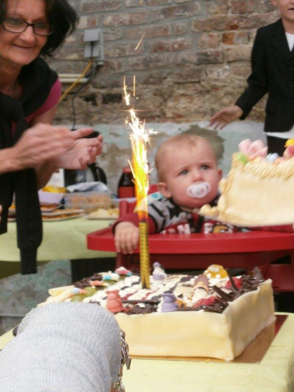 ma petite maman et mon petit coeur ton tout premier anniversaire t'es 1 ans marraine t'aime plus que tout
